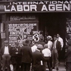 Photographic Print: Immigrants Looking For Work in New York City, c.1910: 16x16in