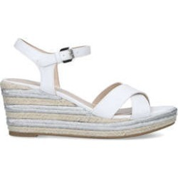 Womens Carvela Swoonswoon Low Heel Summer Carvela White, 5.5 UK found on Bargain Bro from Shoeaholics for £19