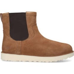 Ugg Campout Chelsea Boot - Tan Suede Chelsea Boots found on Bargain Bro UK from Kurt Geiger UK