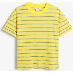 Cuffed sleeve tee - Yellow found on Bargain Bro UK from Monki