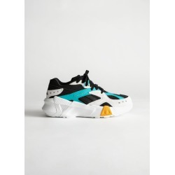 Reebok Aztrek - Black found on Bargain Bro UK from & other stories