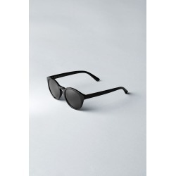 Transfer Rounded Sunglasses - Black found on Bargain Bro UK from Weekday