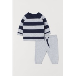 H & M - Sweater and Pants - Blue