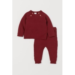 H & M - Sweater and Pants - Red