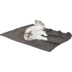 Pets At Home Luxury Micro Berber Cat Blanket Grey found on Bargain Bro UK from Pets at Home