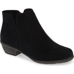 Women's Clarks Wilrose Frost Bootie, Size 6 M - Black found on Bargain Bro Philippines from LinkShare USA for $129.95