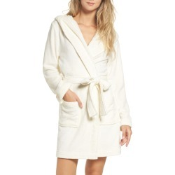 Women's Make + Model Starry Night Plush Short Robe, Size Small - Ivory found on MODAPINS from Nordstrom for USD $59.00