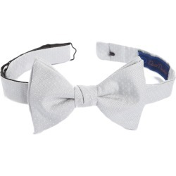 Men's David Donahue Dot Silk Bow Tie found on Bargain Bro India from Nordstrom for $65.00