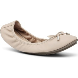 Women's Me Too 'Halle 2.0' Ballet Flat, Size 9.5 M - Brown found on Bargain Bro Philippines from Nordstrom for $69.00