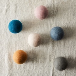 Five Two By Food52 Pack Of 6 Wool Dryer Balls, Size One Size - Blue found on Bargain Bro India from Nordstrom for $36.00