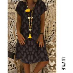 Black V neck pineapple print casual dress