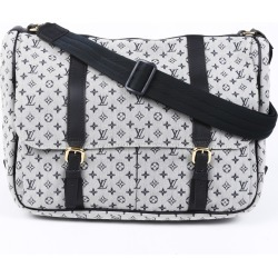 Louis Vuitton Mini Lin Sac Maman Diaper Bag found on Bargain Bro Philippines from Luxury Garage Sale for $725.00