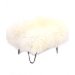 Sara - Sheepskin Footstool Ivory found on Bargain Bro UK from Clippings
