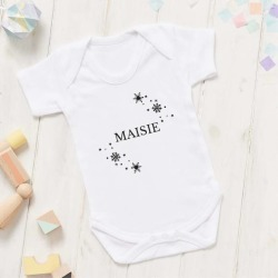 Personalised Snowflake Christmas Babygrow found on Bargain Bro India from hardtofind.com.au for $27.88