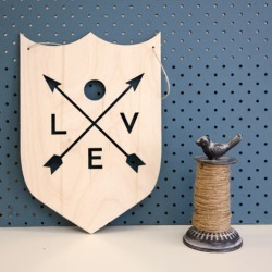 Love wooden wall plaque