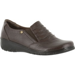 Easy Street Proctor Women's Brown Slip On 7.5 M found on Bargain Bro India from Shoemall.com for $49.95