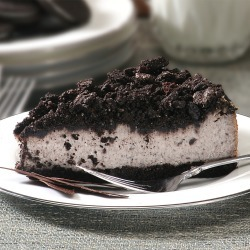 Cookies & Cream Cheesecake - 10""