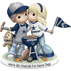 Precious Moments Tailgating Cowboys Couple Figurine found on Bargain Bro India from Bradford Exchange for $99.99