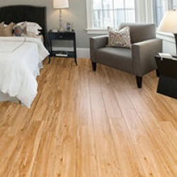 Select Surfaces Honey Maple Laminate Flooring 22 boxes