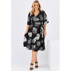 Belle Luxe Floral Kimono found on Bargain Bro Philippines from Birdsnest for $29.50
