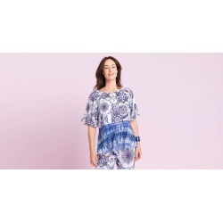 Blusa Anabel Cor: Azul - Tamanho: 1 found on Bargain Bro from Souq Store for USD $61.84