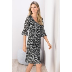 Grace Hill Lace Dress - Black/ivory - Black/ivory - 8 found on Bargain Bro India from Rockmans for $28.21