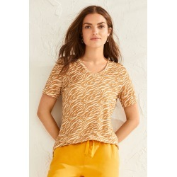 Capture Linen Classic V Neck Tee - Animal - 18 found on Bargain Bro India from BE ME for $26.68