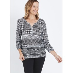 3/4 Sleeve Placement Printed Casual T-shirt - Mono Geo Print - 22 found on Bargain Bro India from Rockmans for $6.84