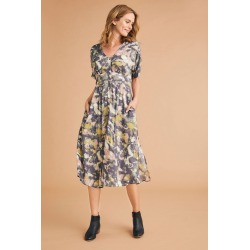 Capture Midi Dress - Abstract Print - 8 found on Bargain Bro from crossroads for USD $36.34