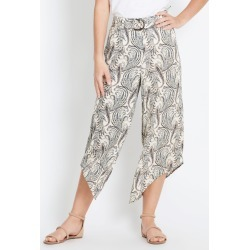 Rockmans Tortoishshell Ring 7/8 Curve Hem Pant - Paisley Print - 12 found on Bargain Bro Philippines from crossroads for $15.72