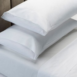 Renee Taylor 1500 Thread Count Cotton Blend Sheet And Pillowcase Set - White - Queen found on Bargain Bro India from W Lane for $74.07