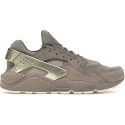 Air Huarache Run Gold Rush found on Bargain Bro Philippines from StockX Holdings LLC for $61.00