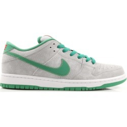 Nike Dunk SB Low Medusa