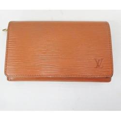 Two Louis Vuitton Louis Vuitton エピポルトモネビエトレゾール M63503 wallets fold unisex ★★ found on Bargain Bro India from Rakuten Global for $65.00