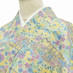 Recycling unlined clothes fine pattern spring clothing recycling unlined clothes kimono used wool newly made woman recycling 着物裄 62.3cm small size dress length 155.5cm small size green system flower pattern mm0569b sale