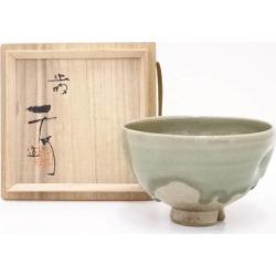 虫明焼黒井千左造茶碗 [Japanese dishes / Matcha porcelain bowl / Matcha bowl / tea ceremony / tea set / tea service set / curio / tea]