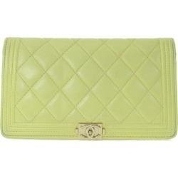 Chanel boy Chanel, long wallet mark latch / light yellow /CHANEL ■ 284342