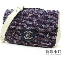 Take Chanel mini-matelasse W chain shoulder bag tweed white leather quilting classical music flap bag slant; here mark twist lock #22 Classic Small Flap Bag Tweed & Calf