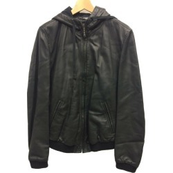 It is beautiful article dolce and Gabbana SIZE 46 (M) leatherette jacket G9Z01L FULT6 DOLCE & GABBANA men until - 9/3 23:59 at 9/2 18:00