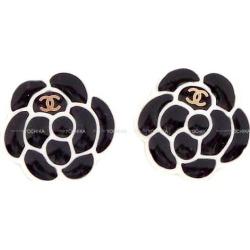 CHANEL Chanel mini-Coco mark camellia candy pierced earrings black (black) X white (white) gold metal fittings AB1771 new article (Mini COCO Mark Cameria Candy Pierces Black/White) in winter latest the autumn of 2019