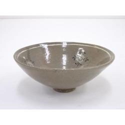 Antique teacup of Kokuryo [Japanese dishes / Matcha porcelain bowl / Matcha bowl / tea ceremony / tea set / tea service set / curio / tea]