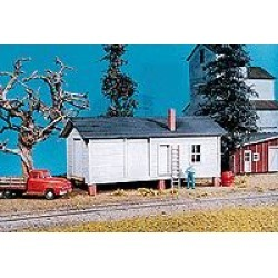 American Model Builders 706 HO Elevated Freight House Kit