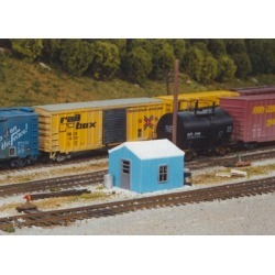 Pikestuff 541-0005 HO RR Yard Utility Building Kit
