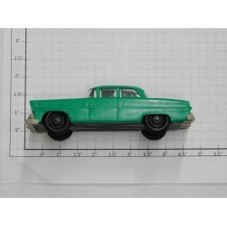 Lionel 6414-G Green Automobile w Gray Bumpers