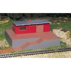 Bachmann 46209 HO Storage Building w/Steam Whistle Operating Accessori