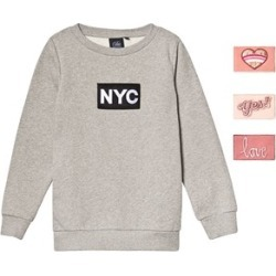 Petit by Sofie Schnoor Grey Melange NYC Velcro Sweatshirt 116 cm (5-6 Years) found on Bargain Bro India from Alex and Alexa for $41.47