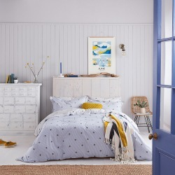 Joules - Botanical Bee Duvet Cover - Blue - Double found on Bargain Bro UK from Amara UK