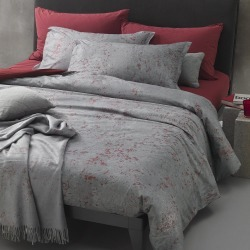 Diesel Living - Ensemble Housse de Couette Texture Urbaine - Gris/Rouge - King found on Bargain Bro India from Amara FR for $391.30