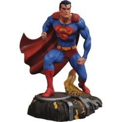 DC Gallery Superman Comic Statue