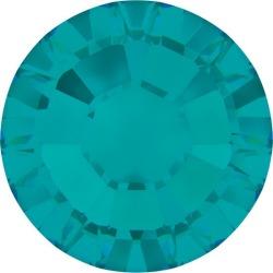 Blue Zircon Swarovski Flatback Rhinestones found on Bargain Bro India from M&J Trimming Affiliate Program for $6.28